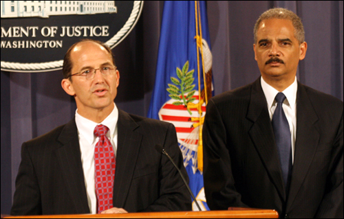 Sean Joyce, Eric Holder